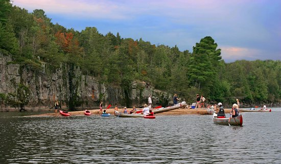 ‪Taylors Falls Canoe and Kayak Rental‬