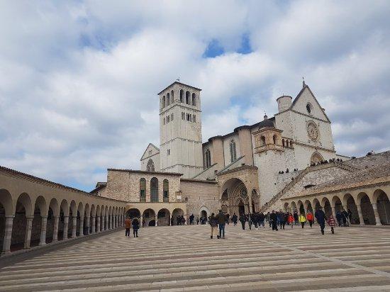 Basilica inferiore di San Francesco d'Assisi: 20180211_114303_large.jpg