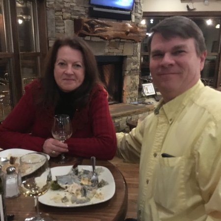 Traphill, NC: Great food , wine and customers !