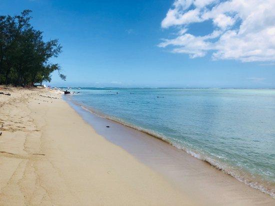 Le Morne Beach: beach