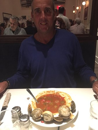 Dock's Oyster House: Perfect Presentation! Best Manhattan Clam Chowder with the clams in the soup. Delicious