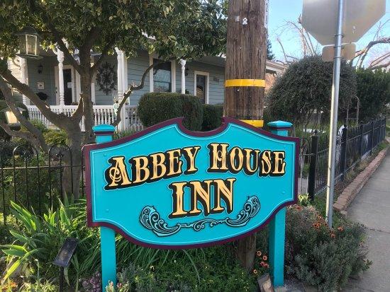 Abbey House Inn : photo1.jpg