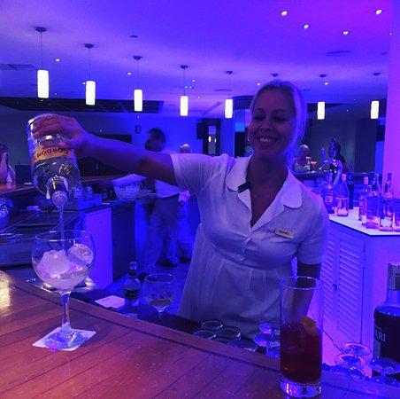 Melia Tamarindos: Jameo Bar