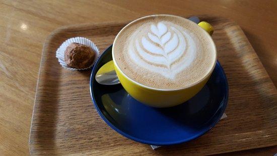 Café Velvet: Truffle and cappuccino