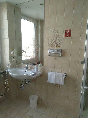 Hotel Amba: IMG_20180206_115028_large.jpg