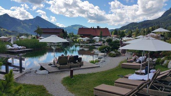 Herrlicher Garten Picture Of Wellnesshotel Engel Gran Tripadvisor