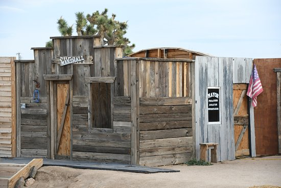 Pioneertown, CA: Movie set/Real life town