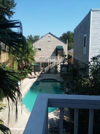 courtyard, pool area