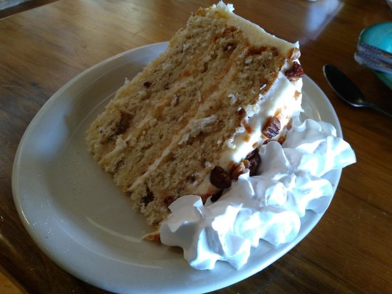 Mountain City, TN: Italian Cream Cake was outstanding.