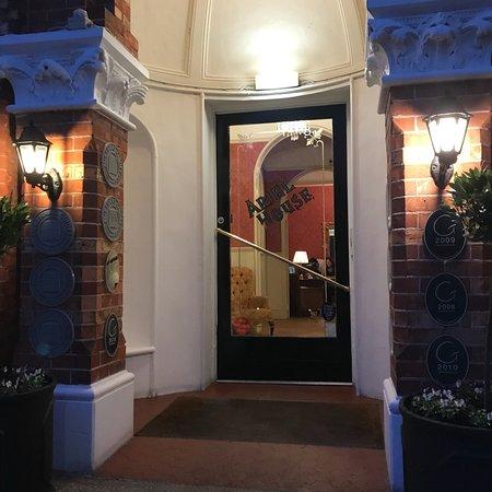 Ariel House: photo2.jpg