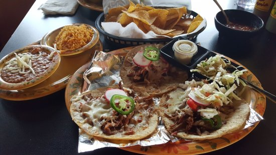 Dyer, IN: Specialty Brisket Taco Dinner