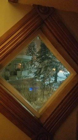 Sutton, Canada: 20180210_215356_large.jpg