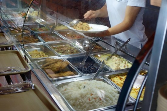 San Ramon, Costa Rica: Cafeteria style food but fresh and tasty
