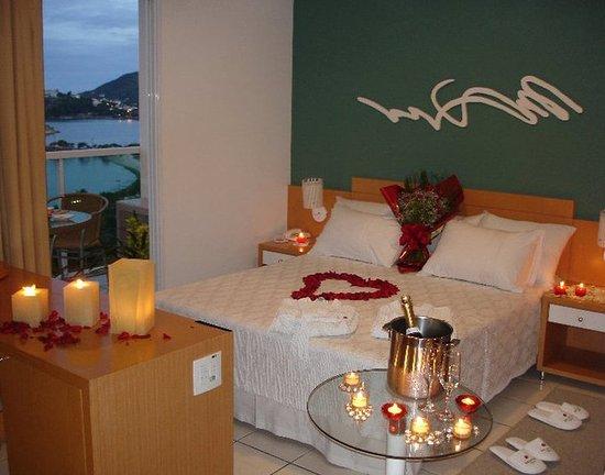 Bristol Praia do Canto Hotel: Guest room