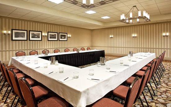 Clayton, MO: Meeting room