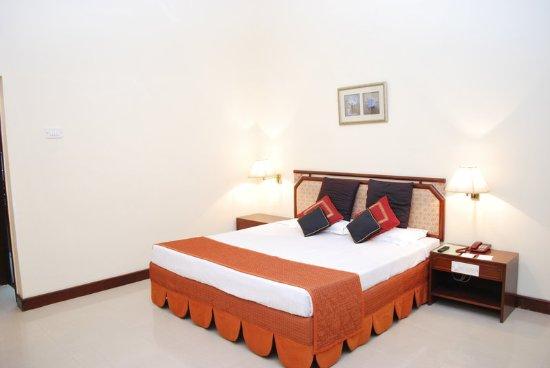 Restaurant Usha Bundela Hotel Khajuraho India