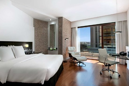 Hilton Madrid Airport: Guest room
