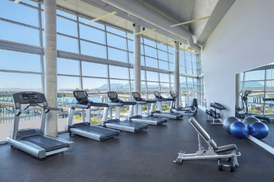 Westin Wall Centre Vancouver Airport: Health club