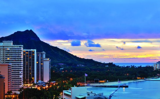 Waikiki Beachcomber by Outrigger Hotel
