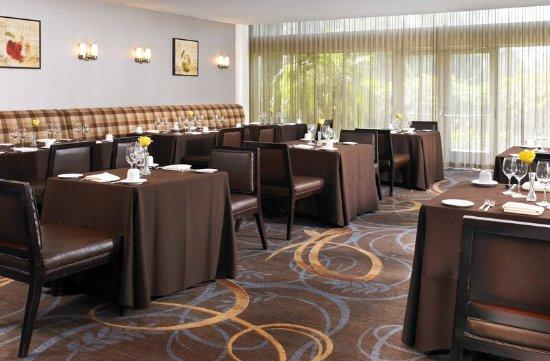 Sheraton Ontario Airport Hotel: Restaurant