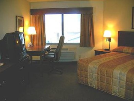 Madelia, MN: Guest room