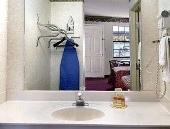 Knights Inn Gray: Guest room