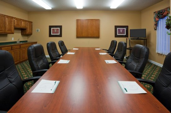 GrandStay Residential Suites Hotel Madison : Meeting room