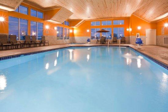 Morris, Minnesota: Pool
