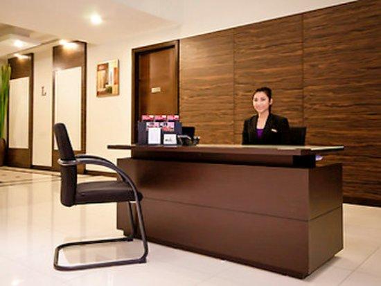 Grand Mercure Bangkok Asoke Residence: Lobby