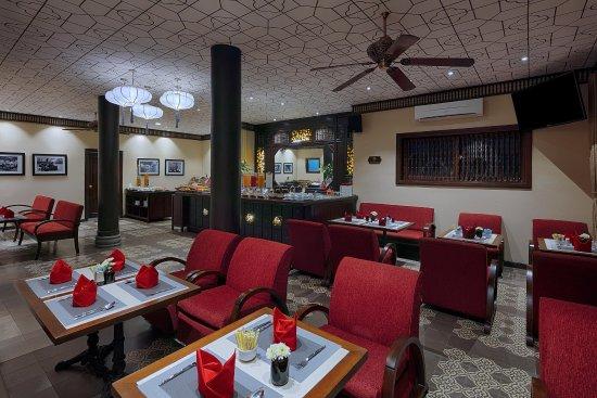 Little Hoian Boutique Hotel & Spa: Breakfast Sitting