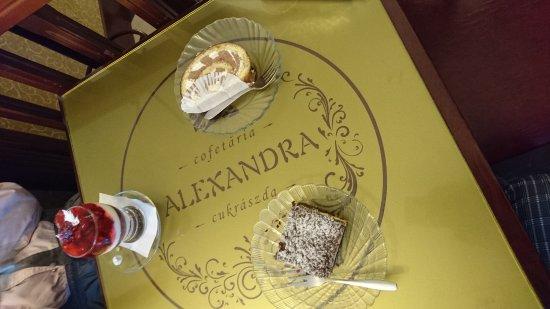 Odorheiu Secuiesc, Románia: some of the available desserts