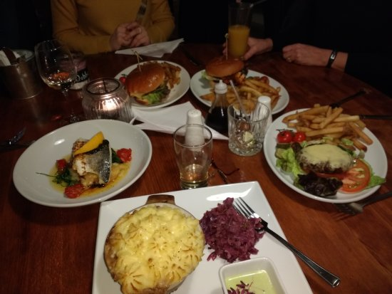 Badby, UK: Our meals