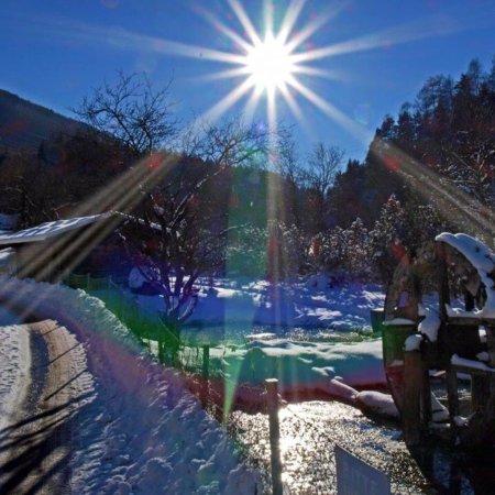 Mieders, النمسا: Winter in der Kirchbrücke Frische Forellen