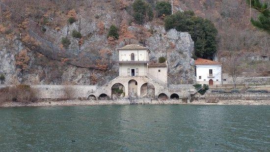 Chiesa della Madonna del Lago