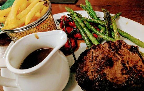 Gargrave, UK: Fillet Steak for Dad :-)