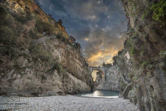 Fiordo di Furore, Italy: il tramonto su furore