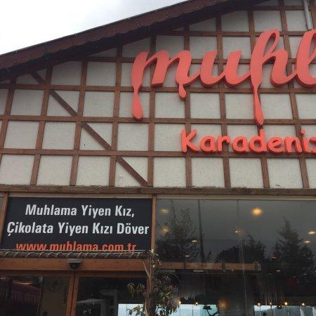 Beykoz, Turkiet: Muhlamasını pek beğenmedim.rize'deki gibi değil.tereyağı fabrikasyon geldi.çayını beğendim.manza