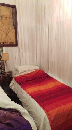 Hotel du Tresor: IMAG1829_large.jpg