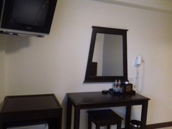 Rambuttri Village Inn & Plaza: 20180212_043005-1_large.jpg