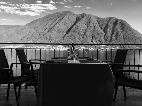 """Colonno, Italy: Perfect location for a meal """"at home"""""""