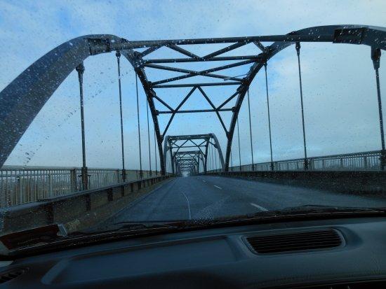 Hakanoa Bridge