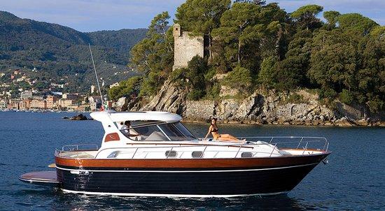 """Piano di Sorrento, Italy: APREAMARE 38"""" Comfort ... la nostra ammiraglia ..."""