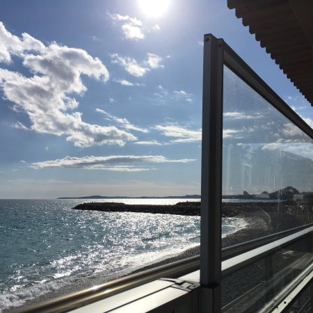 La spiaggia plage cagnes sur mer restaurantanmeldelser for Garage de la plage cagnes sur mer