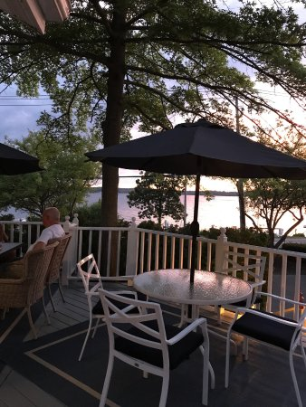 Balcony - Picture of Lakeshore Inn Bed & Breakfast, Saratoga Springs - Tripadvisor