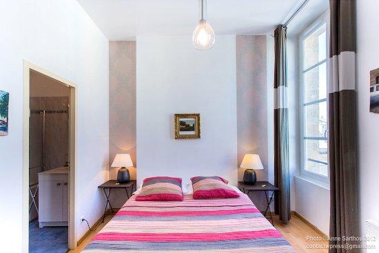 Salon du duplex picture of une chambre en ville for Bordeaux une chambre en ville