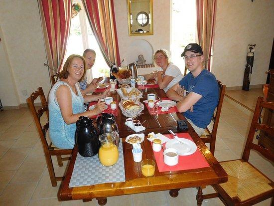 Mosnes, Prancis: Het heerlijke ontbijt