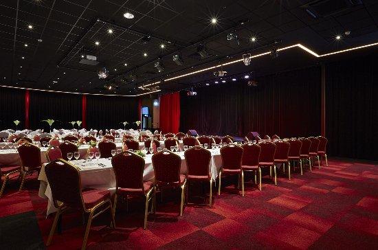 Saint-Galmier, France : Le Casino de Saint Galmier vous propose également de nombreux spectacles et soirées à thème.
