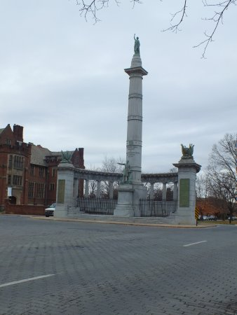 Monument Avenue: Jefferson Davis