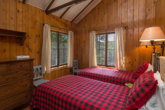 North Hudson, NY: Big Tom Bedroom