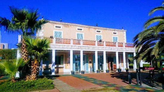Museu d'Historia de l'Emigracio.